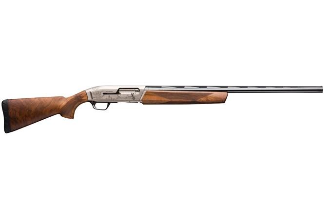 "Browning Maxus Ultimate 12 Gauge Shotgun - Item #: BR011-640304 / MFG Model #: 011640304 / UPC: 023614396703 - MAXUS ULTIMATE 12/28 3"" BL/WD# DSC2 INVECTOR PLUS FLUSH CHOKE"