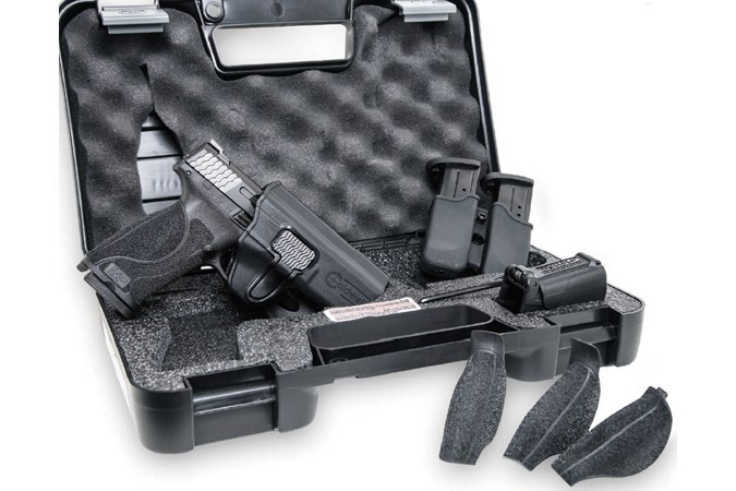 Smith and Wesson M&P40 M2.0 Carry & Range Kit 40 S&W Semi-Auto Pistol