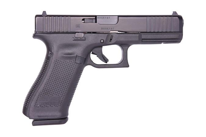 "GLOCK G17 G5 9mm Semi-Auto Pistol - Item #: GLUA175S203 / MFG Model #: UA175S203 / UPC:  - G17 G5 9MM 17+1 4.49"" FS     # 3-17RD MAGS | FRONT SERRATIONS"