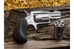 TALO EXCLUSIVE North American Arms Bug Out II 22 LR | 22 Magnum  Item #: NONAA22MCTB / MFG Model #: NAA-22MC-TB / UPC: 744253002984 22M/22LR BUGOUT II SS XS SGHT NAA-22MC-TB