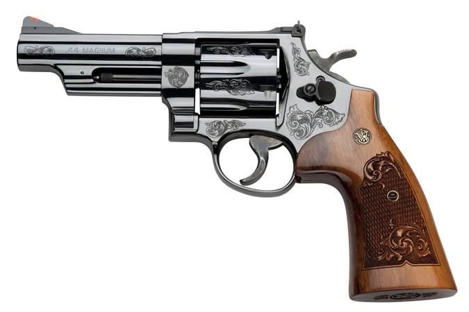 Smith and Wesson 29 Engraved Classic 44 Magnum   44 Special Revolver