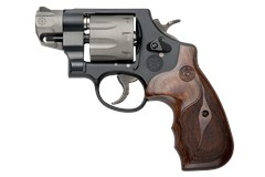 Smith and Wesson 327 Performance Center 357 Magnum | 38 Special
