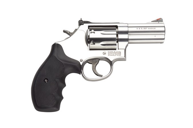 "Smith and Wesson 686 Plus 357 Magnum | 38 Special Revolver - Item #: SM164300 / MFG Model #: 164300 / UPC: 022188643008 - 686 PLUS 357MAG 3"" SS AS 7RD 164300  DIST COMBAT MAGNUM"